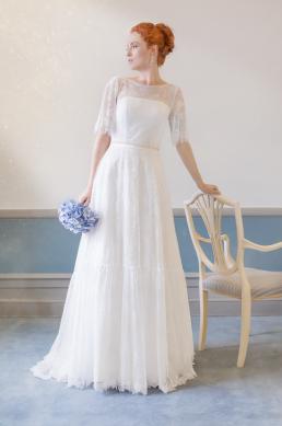 Brudekjole foto taget til magasinet Bruden. Smuk rødhåret brud