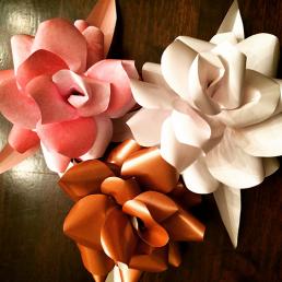 Papir blomster i 3 farver